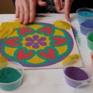 рисунки цветным песком в киеве 4