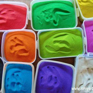dekor-butylki-raznocvetnym-peskom 111