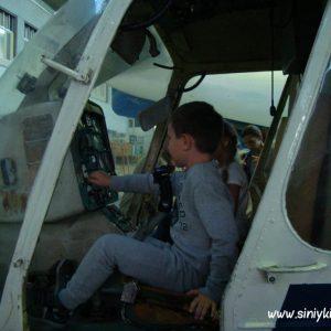 ekskursiya-v-avia-angar-nau-fotootchet 13
