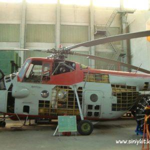 ekskursiya-v-avia-angar-nau-fotootchet 7