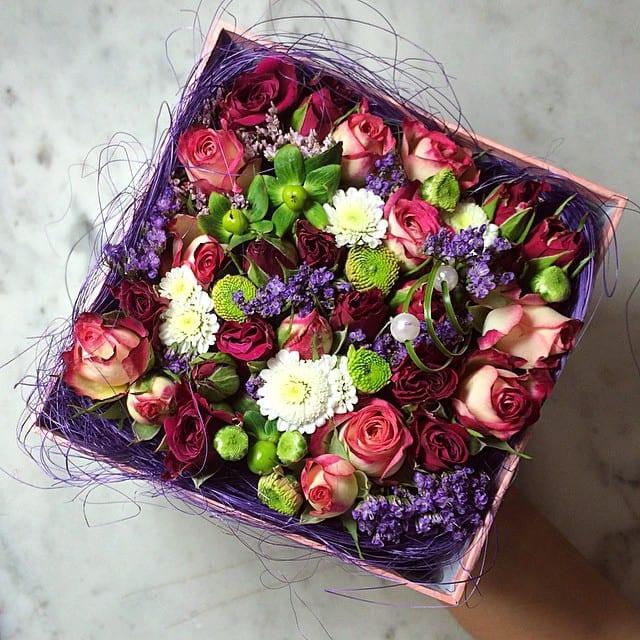 Подарочные букеты из живых цветов мастер класс