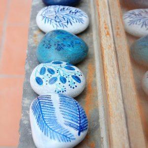 Роспись камней 1