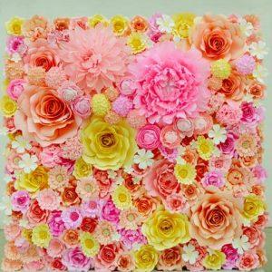 stend-iz-bumazhnyx-cvetov 2
