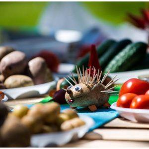 Фигурки из фруктов и овощей_1