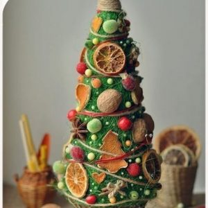 decorative-christmas-trees-with-their-hands-4